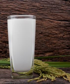 Reismilch im glas