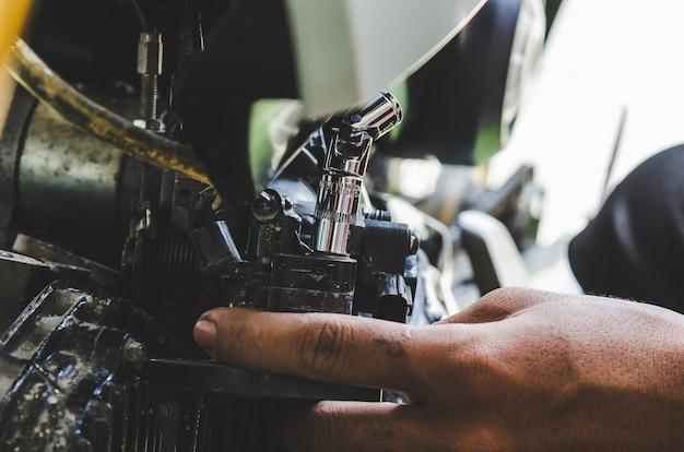 Reparatur von motorrädern