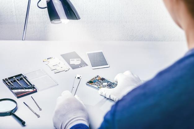 Reparieren eines smartphones