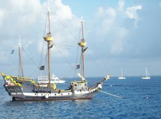 Reproduktion historischer schiff