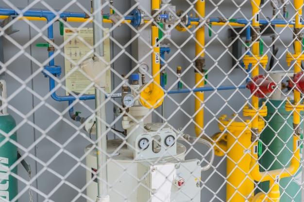 Restaurant lpg gasrohr mit geschütztem zaun sicherheitsbereich im freien