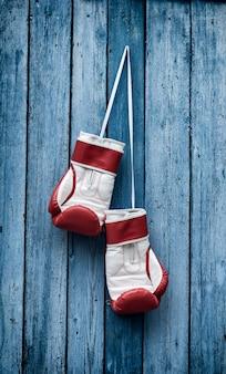 Retro foto von boxhandschuhen