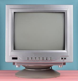 Retro tv aus der 80er nahaufnahme.