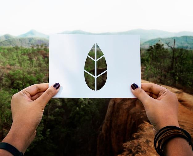 Retten sie das weltökologieumweltschutzpapier mit perforiertem papier