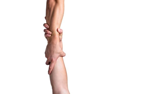 Rettung, helfende geste oder hände. schließen sie die hilfehand. helfende hand