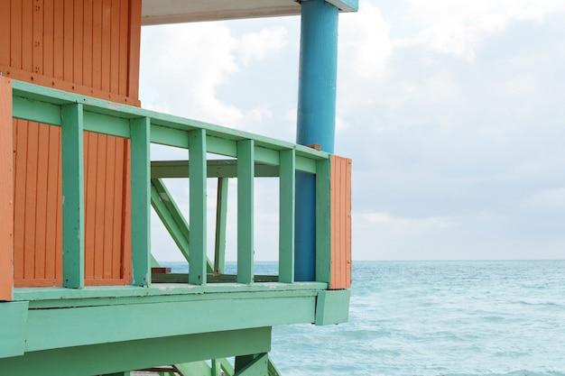 Rettungsschwimmer-turm in miami