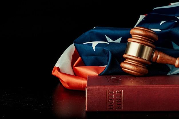 Richter hammer mit usa flagge