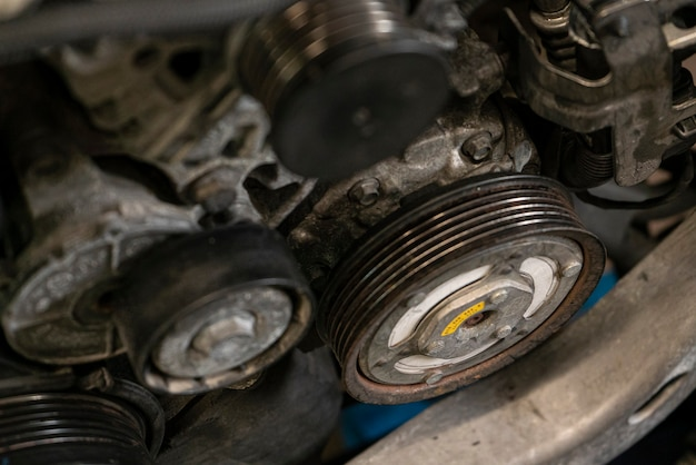 Riemenscheibe im automotor 3
