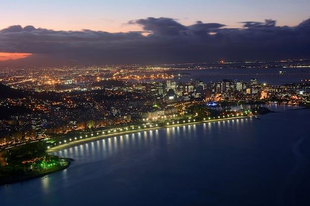 Rio de janeiro-ansicht nachts.