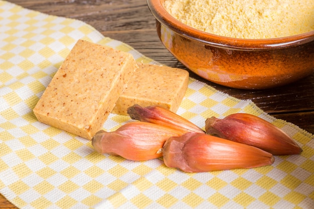 Ritzel, traditionelles brasilianisches essen, samen der auraucaria