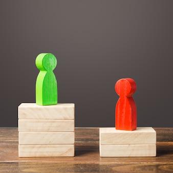 Rivalität zwischen zwei kandidatengegnern. popularität der kandidaten, abstimmung bei wahlen.
