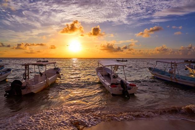 Riviera-mayasonnenaufgang in karibischem mexiko