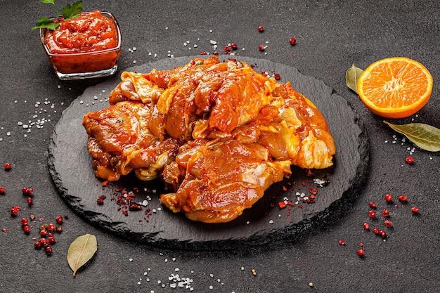 Rohe fleischprodukte, verschiedene körperteile