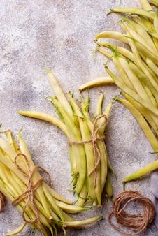 Rohe frische gelbe wachsbohnen