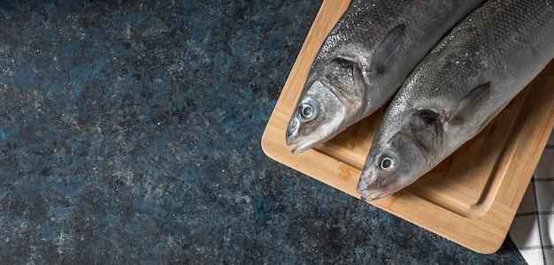 Roher fisch zum kochen