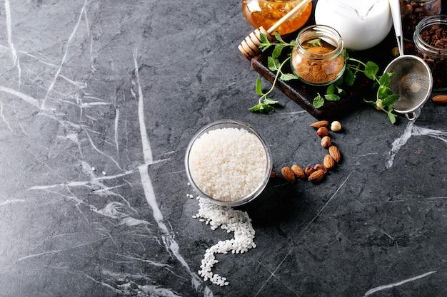 Rohstoffe zum kochen von milchreis