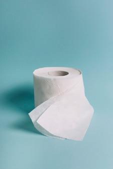 Rolle aus seidenpapier