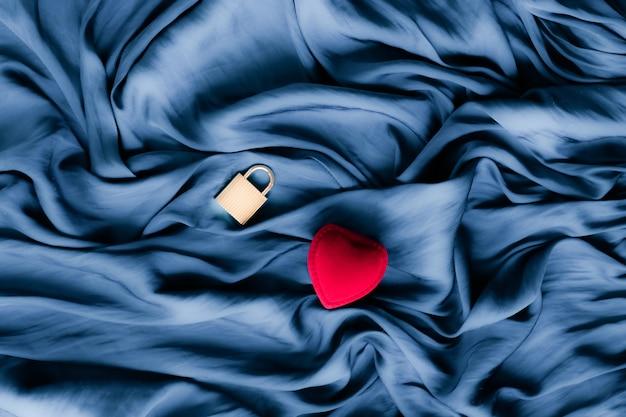 Romantik, überraschung und urlaubskonzept