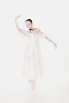 Romantische schönheit. ballerina im retro-stil