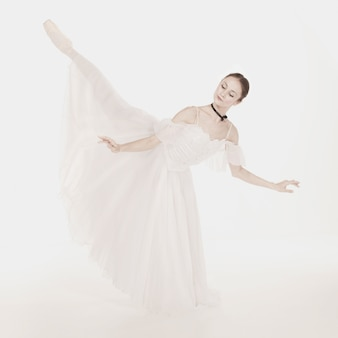 Romantische schönheit. ballerinas im retro-stil