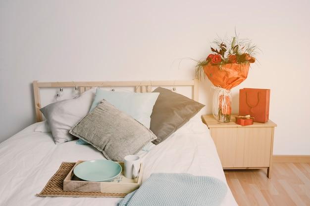 Romantisches ambiente im schlafzimmer
