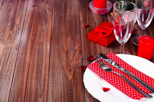 Romantisches kerzenlicht valentine table setting