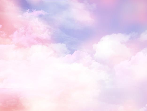 Rosa bewölkter himmel