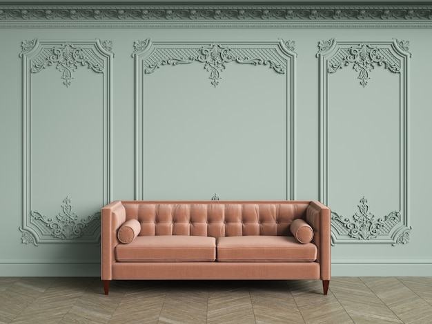 Rosa büscheliges sofa im klassischen weinleseinnenraum mit kopienraum. blasse olivenwände mit zierleisten und verziertem gesims. boden parkett fischgrät. 3d-rendering