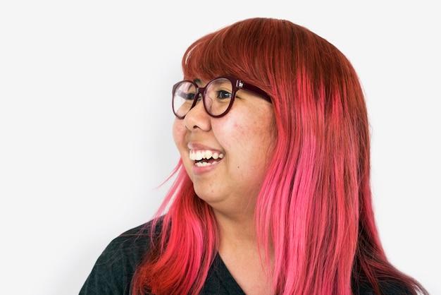 Rosa haarlächeln des asiatischen mädchens
