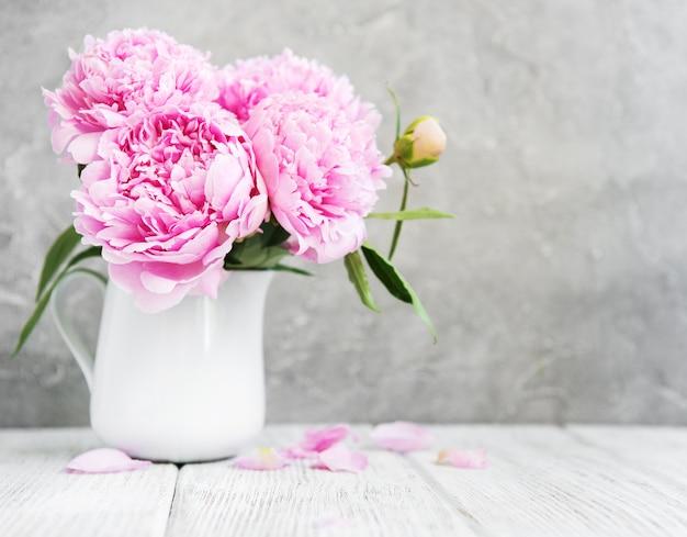 Rosa pfingstrosenblumen