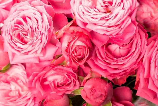 Rosa rosenblumenstraußhintergrund