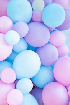 Rosa und minze steigt fotowand-geburtstagsdekoration im ballon auf