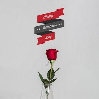 Rose mit einer nachricht zum valentinstag