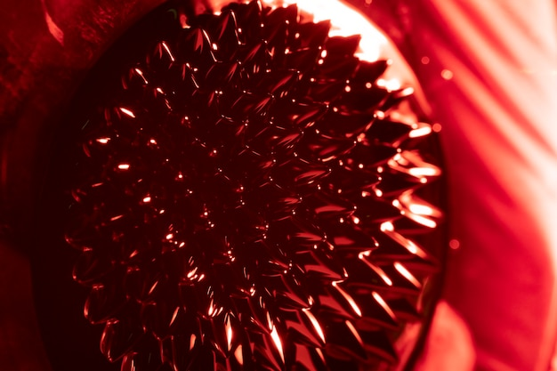 Rot gerundete form aus ferromagnetischem metall