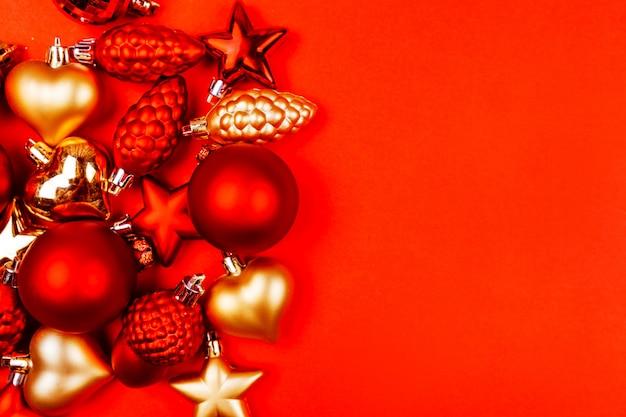 Rot und gold weihnachtsschmuck