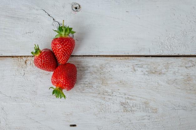 Rote beerenerdbeere