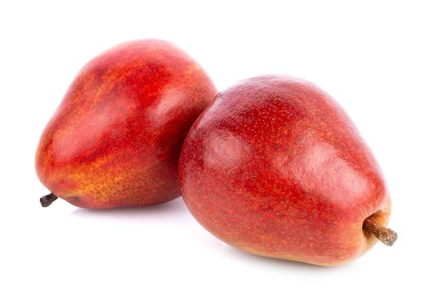 Rote birnenfrüchte isoliert