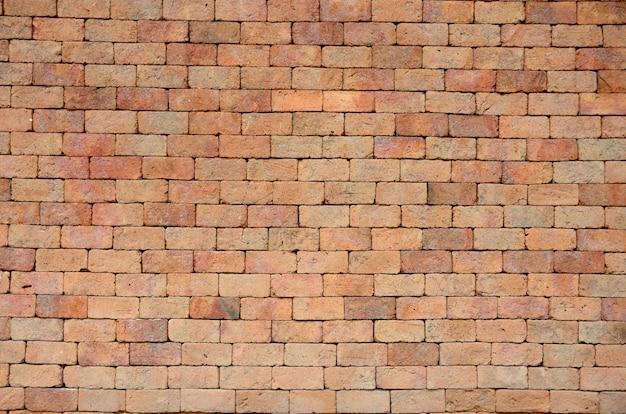 Rote blockwand