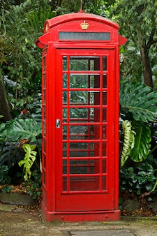 Rote englische telefonzelle
