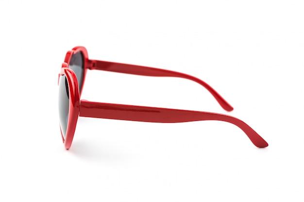 Rote herzförmige sonnenbrille