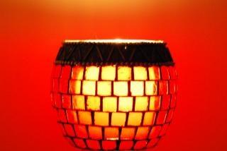 Rote lampe, bernstein