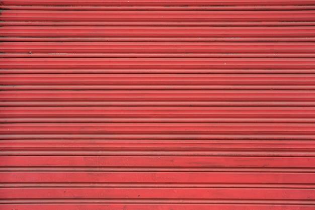 Rote profilierte folie