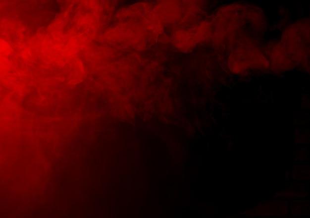 Rote rauchbeschaffenheit auf schwarz