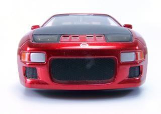 Rote spielzeugauto, motor