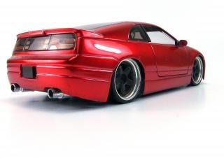 Rote spielzeugauto