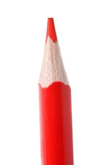 Roter bleistift in der vertikale auf einem weißen hintergrund