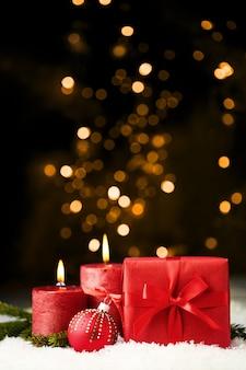 Roter glänzender weihnachtshintergrund