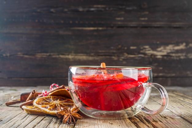 Roter hibiscus roiboosh punsch