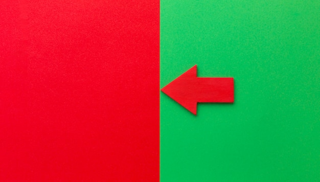 Roter pfeil nach links