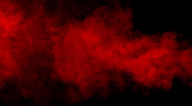 Roter rauch auf schwarzem hintergrund